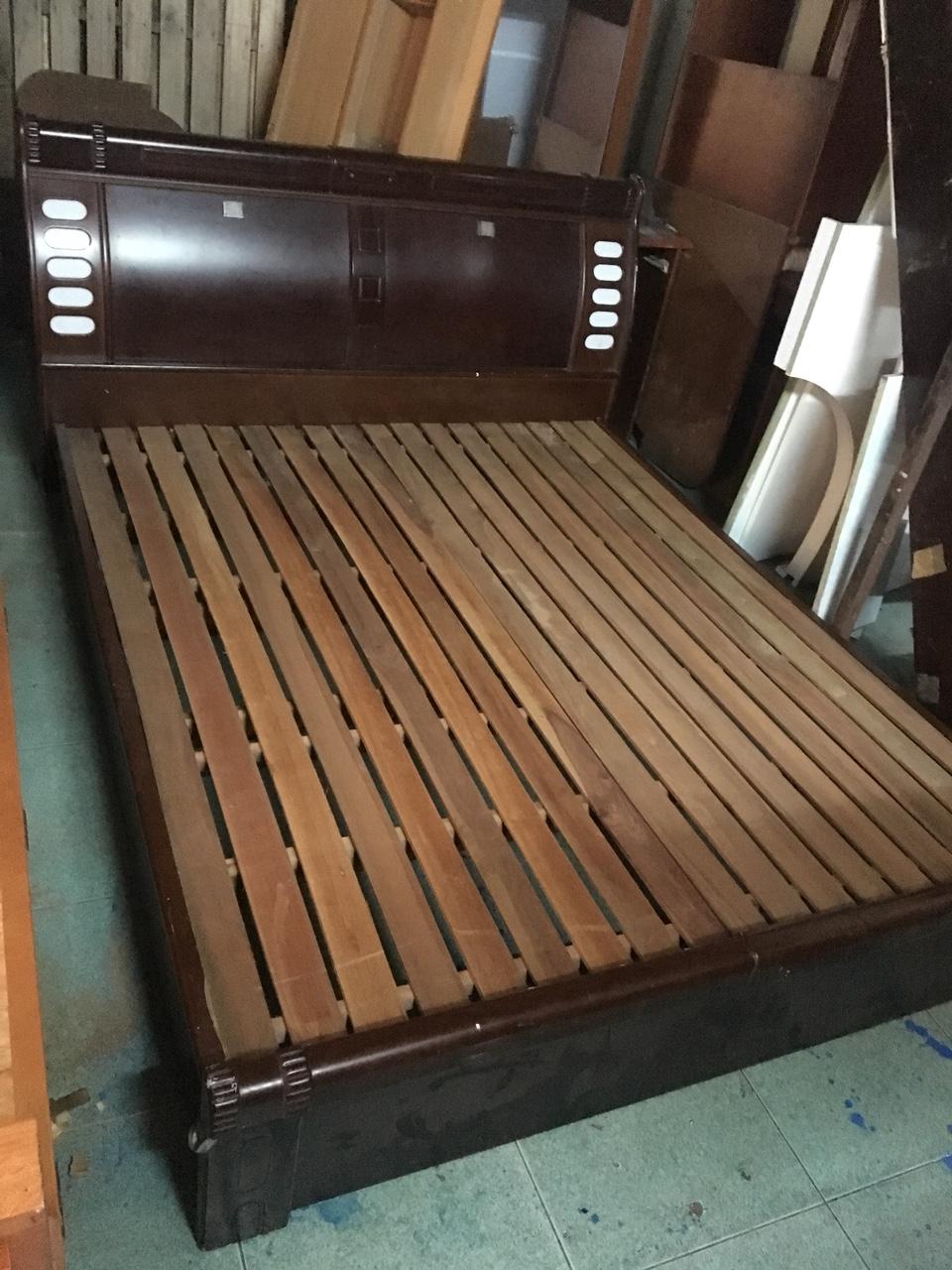 Thanh lý giường cũ MDF cao cấp giá rẻ