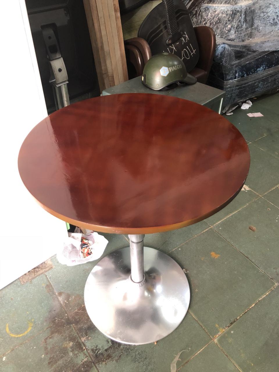 Thanh lý bàn cafe gỗ chân Inox cũ