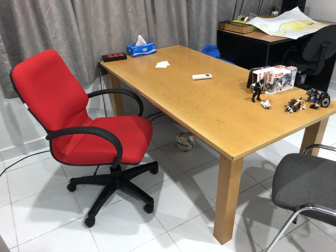 Thu mua bàn ghế cũ văn phòng tại quận Bình Tân.